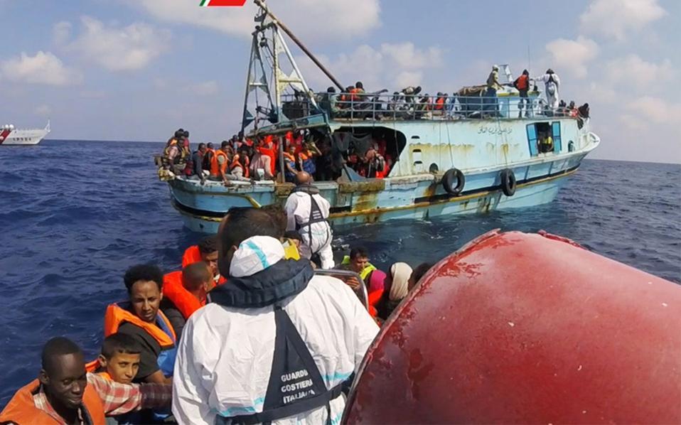 Oι περισσότεροι διασωθέντες από την ιταλική ακτοφυλακή προέρχονταν από την Ερυθραία και τη Σομαλία και είχαν επιβιβασθεί σε μη αξιόπλοα σκάφη.