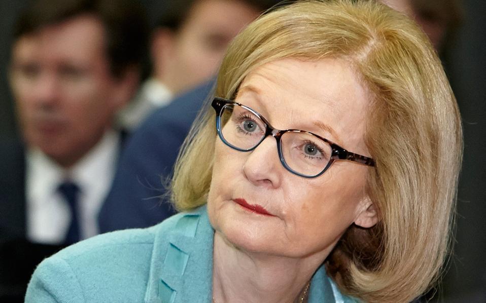 Οι διοικητικές αλλαγές στις τράπεζες ήταν το βασικό θέμα στη χθεσινή συνάντηση του υπουργού Οικονομικών κ. Ευκλείδη Τσακαλώτου με την επικεφαλής του SSM κ. Ντανιέλ Νουί (φωτ.).