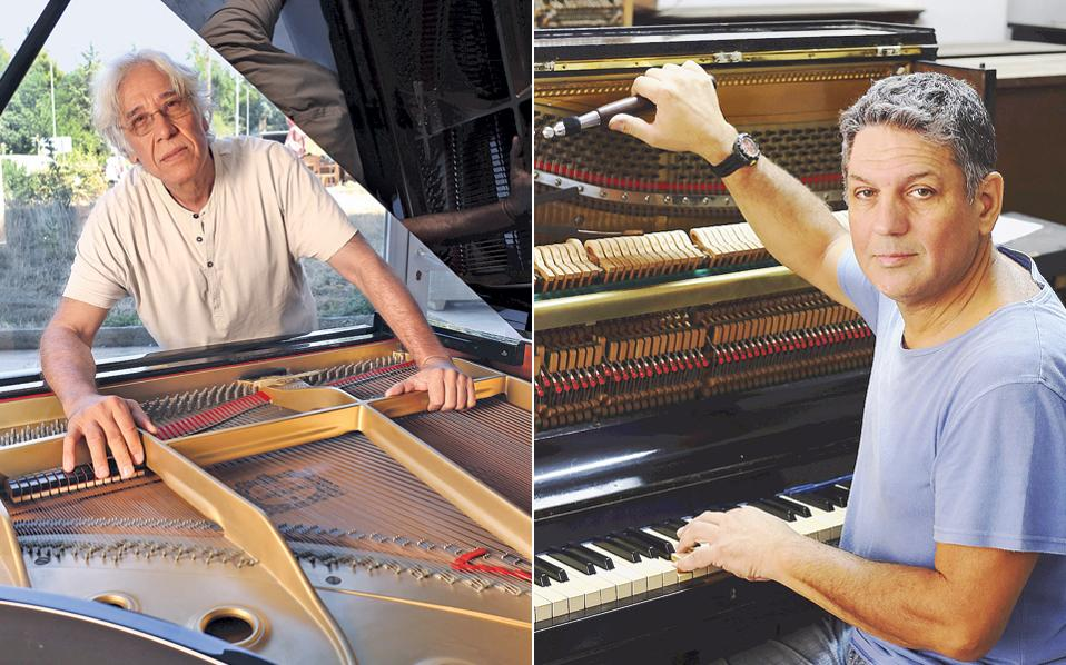 «Δεκατριών χρόνων ξεκίνησα να εργάζομαι, από ανάγκη», λέει στην «Κ» ο χορδιστής πιάνων Γ. Καρύδας, ενώ ο κ. Ακ. Γκόλφης σημειώνει: «Εμαθα τη δουλειά από τον παππού μου».