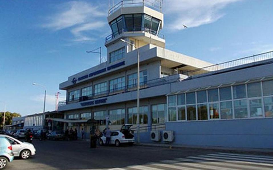 Στη Λέσβο τον Αύγουστο έφτασαν 58 πτήσεις τσάρτερ με 8.078 επιβάτες, όταν τον περυσινό Αύγουστο στο νησί είχαν έλθει 16.588 επιβάτες με 124 πτήσεις τσάρτερ.
