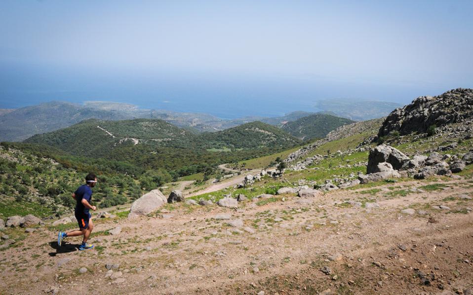 Οι ορεινοί αγώνες δρόμου είναι μια συλλογική προσπάθεια των φορέων για την ανάδειξη του νησιού.