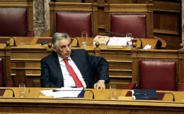 Ο κ. Πελεγρίνης μιλώντας στην «Κ» ανέφερε ότι δεν τίθεται θέμα παραίτησής του.