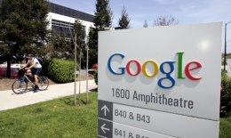 Τα νέα «έξυπνα» κινητά της Google δεν θα είναι της Nexus. Θα διατεθούν σε δύο χρώματα –μαύρο και άσπρο– και θα φέρουν πολλά από τα χαρακτηριστικά του λογισμικού κινητών Android.