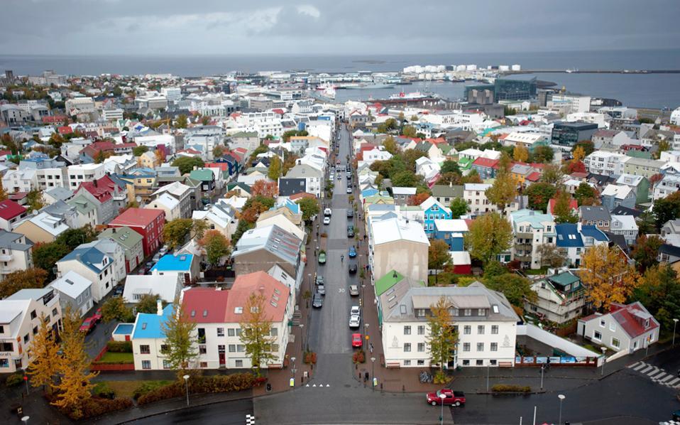 Η Ισλανδία αναδεικνύεται στην καλύτερη χώρα στον κόσμο και για το σύστημα ιατροφαρμακευτικής περίθαλψης που καλύπτει το σύνολο του πληθυσμού της.
