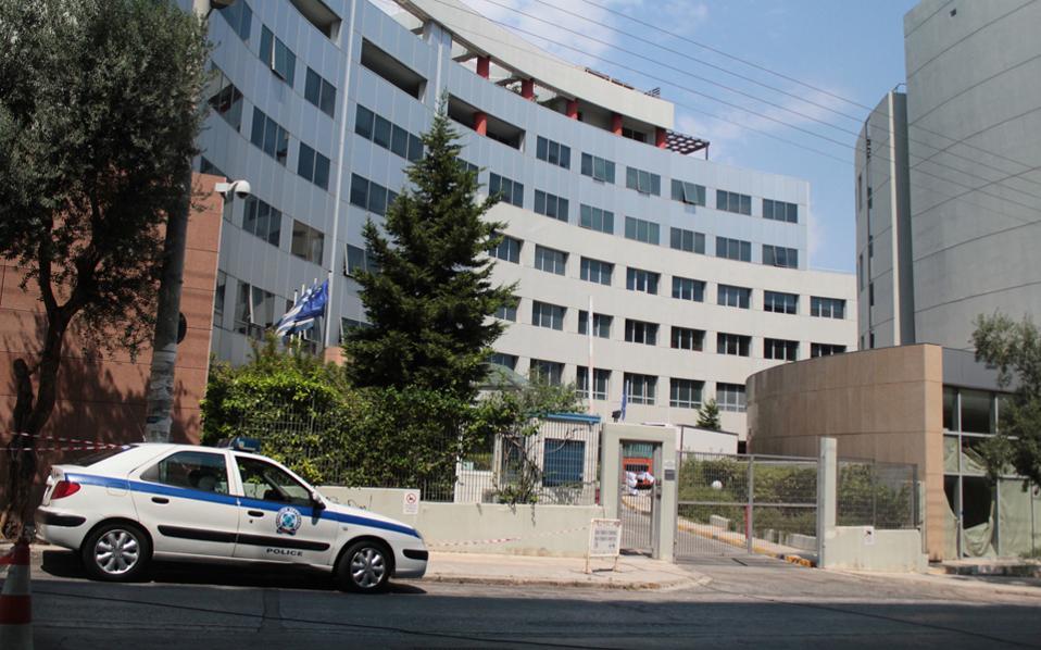 Παρά τη μαραθώνια μάχη που δόθηκε για τις τηλεοπτικές άδειες στο κτίριο της Γενικής Γραμματείας Ενημέρωσης, το τοπίο δεν έχει ξεκαθαρίσει ακόμα.