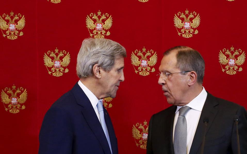 Ο Κέρι εξέφρασε «την έντονη ανησυχία του» για την αεροπορική και χερσαία επίθεση που πραγματοποίησε η συριακή κυβέρνηση με την υποστήριξη της Ρωσίας σε περιοχές του υπό τον έλεγχο των ανταρτών τομέα του Χαλεπιού.