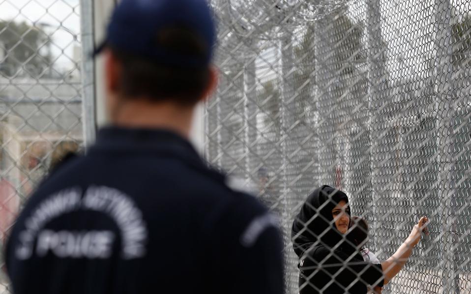 police_refugees