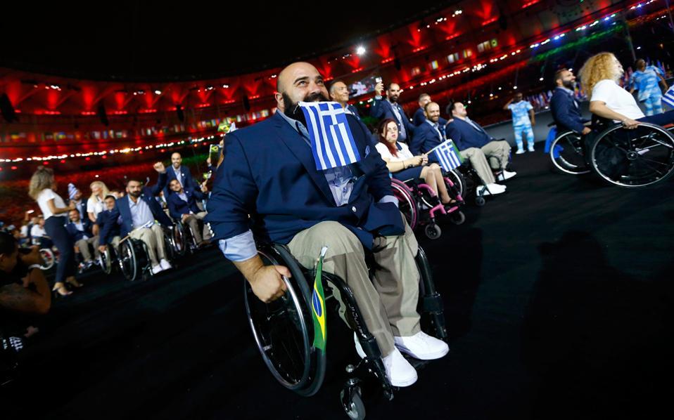 Οι προκλητικές δηλώσεις του Αρτέμη Σώρρα για τους Παραολυμπιακούς Αγώνες ξεσήκωσαν πολλές αντιδράσεις.