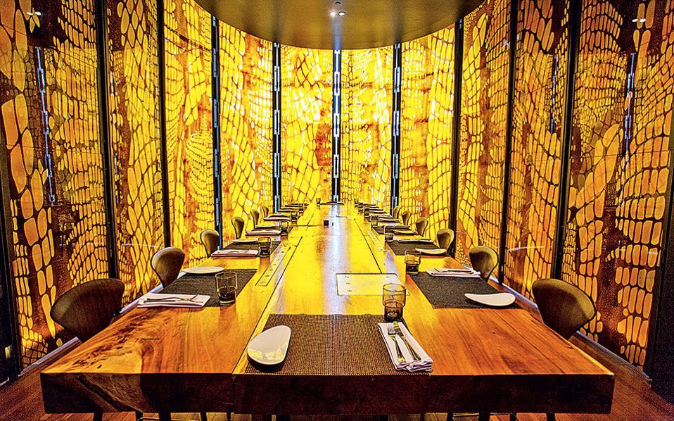 Στο The Kitchen Table του ξενοδοχείου W Hotel, στην Μπανγκόκ, θα απολαύσετε fusion κουζίνα. (Φωτογραφία: FRANCOIS FOURRIER)