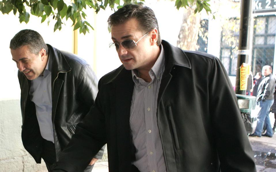 Ο Κύρος Βασάρας παραιτήθηκε από τη θέση του επιδιαιτητή.