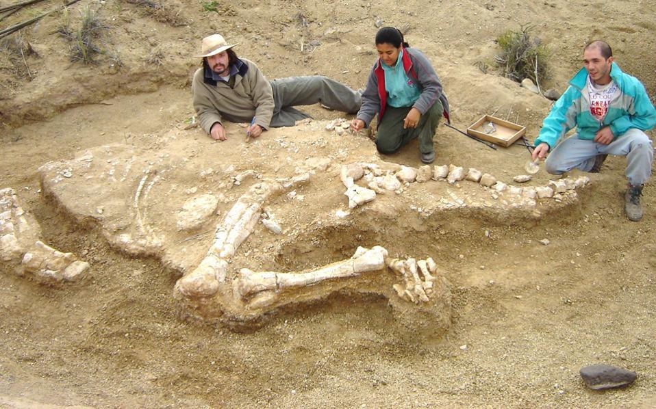 Την κοινωνική συμπεριφορά των τιτανόσαυρων αναμένεται να αποκαλύψουν τα αποτυπώματα που βρέθηκαν στην έρημο Γκόμπι.