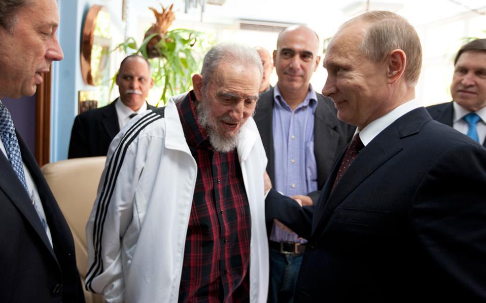 Συνάντηση του Κουβανού ηγέτη Φιντέλ Κάστρο με τον Ρώσο πρόεδρο Βλαντιμίρ Πούτιν το 2014.