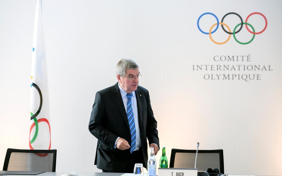 O πρόεδρος της ΔΟΕ, Τόμας Μπαχ.