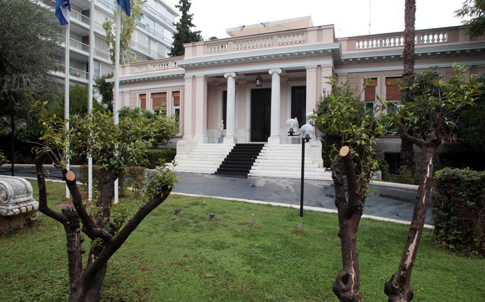 Μεγάλο «αγκάθι» για την κυβέρνηση αποτελεί το θέμα των πλειστηριασμών πρώτης κατοικίας.