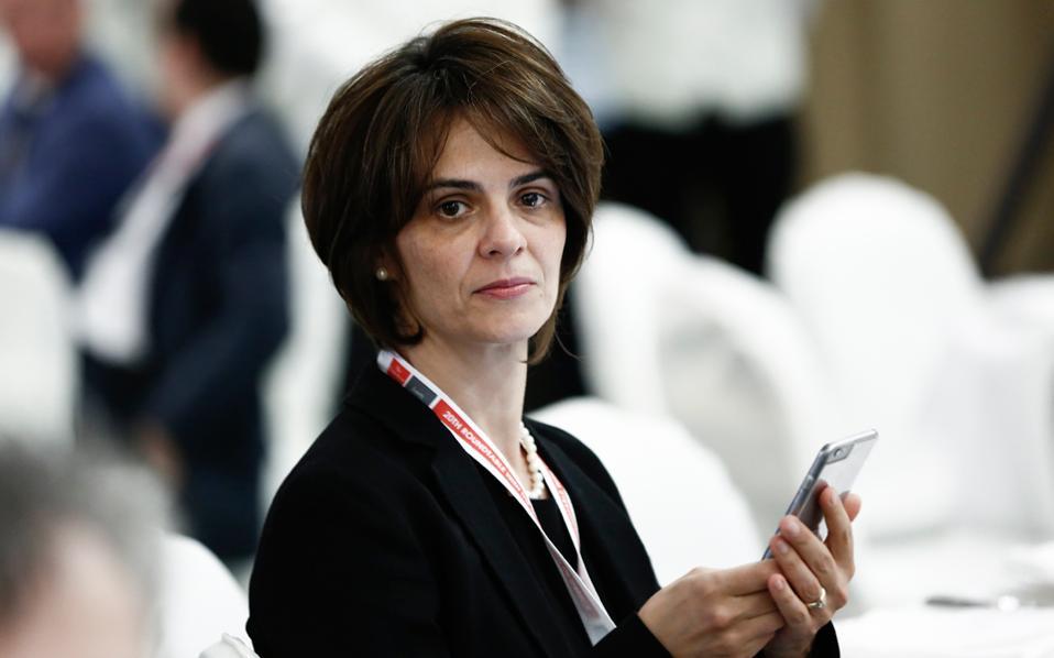 Στα τέλη της εβδομάδας αναμένεται –εκτός απροόπτου– να γίνουν και οι πρώτες συναντήσεις των επικεφαλής των θεσμών με τους υπουργούς. Στη φωτογραφία, η επικεφαλής του κλιμακίου του ΔΝΤ Ντ. Βελκουλέσκου.