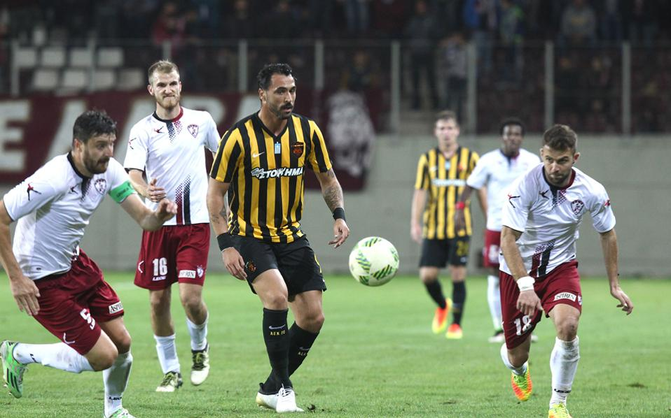 Η ΑΕΚ κατάφερε να φύγει από τη Λάρισα με το πολυπόθητο τρίποντο, το οποίο φέρνει ηρεμία στις τάξεις της και την τρίτη θέση.