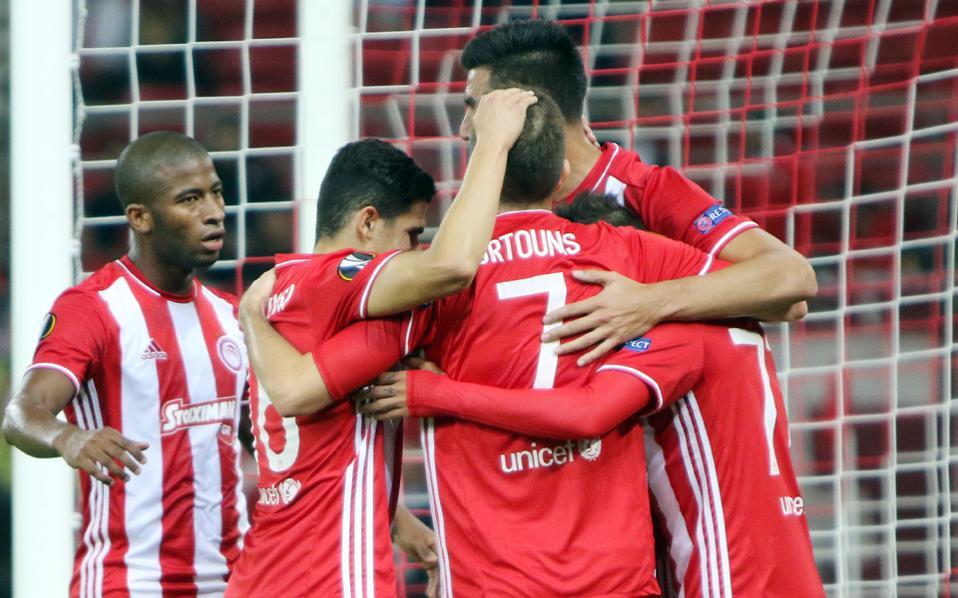 Ο Ολυμπιακός ανέβηκε στην 1η θέση του ομίλου του μετά το 4-1 με την Αστάνα.
