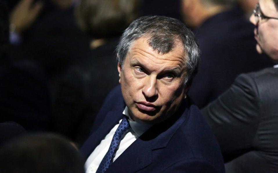 Ο διευθύνων σύμβουλος  της Rosneft Ιγκόρ Σετσίν πιστεύει ότι η Ρωσία μπορεί να αυξήσει την παραγωγή της κατά 4 εκατ. βαρέλια την ημέρα.