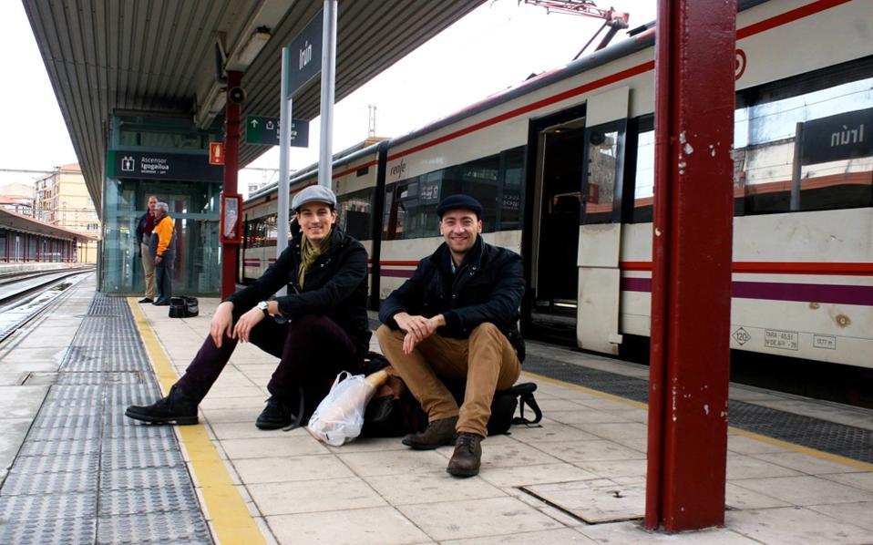 Μετά το ταξίδι τους σε δεκατέσσερις χώρες της Ευρώπης με το τρένο το 2014, ο Βίνσεντ και ο Μάρτιν δηλώνουν Ευρωπαίοι από επιλογή.