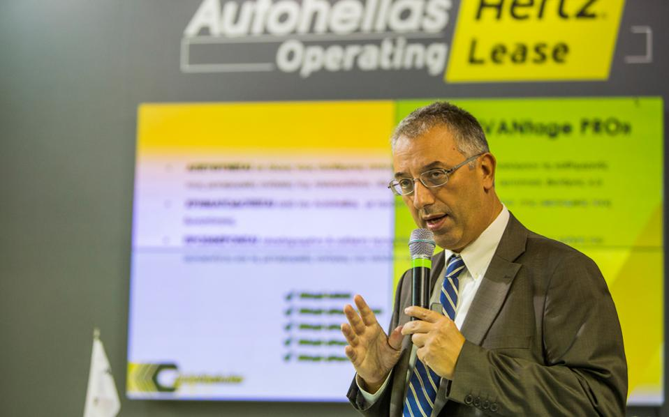 Ο αναπληρωτής γενικός διευθυντής της Autohellas Hertz κ. Δημήτριος Μαγγιώρος.