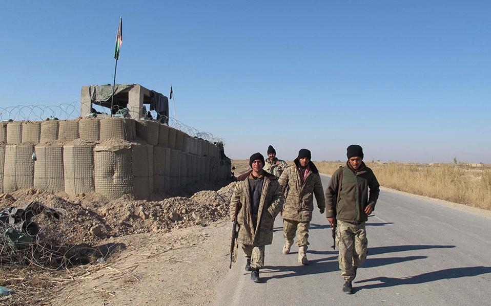 Μέλη των αφγανικών στρατιωτικών δυνάμεων. (Φωτογραφία αρχείου)