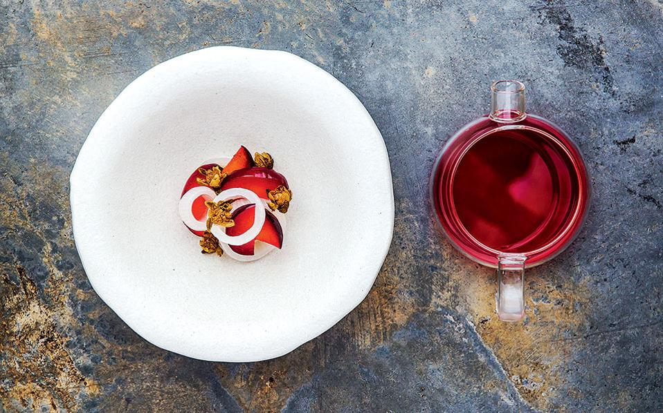Automata-Η μίνιμαλ παρουσίαση των πιάτων αποτελεί κομμάτι της σύγχρονης γαστρονομικής φιλοσοφίας. (Φωτογραφία: Nikki To)