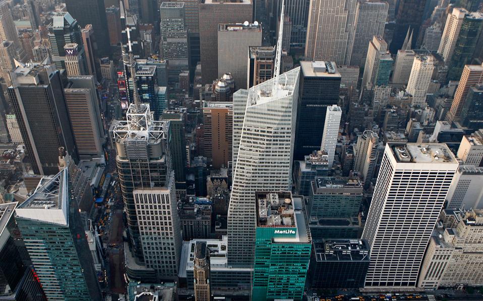 Στον ουρανοξύστη της Bank of America, στην 42η οδό στο Μανχάταν, συναντήθηκε ο πρωθυπουργός με εκπροσώπους των μεγαλύτερων hedge funds του κόσμου.