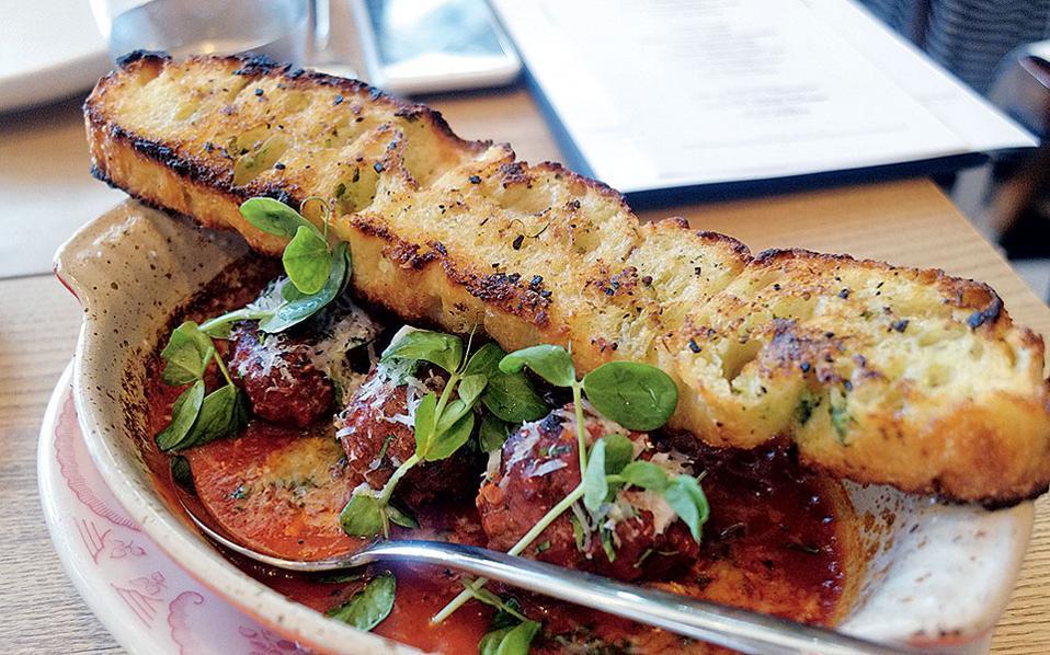 L'Amico - Πληθωρικές γεύσεις από τον executive chef, Laurent Tourondel.