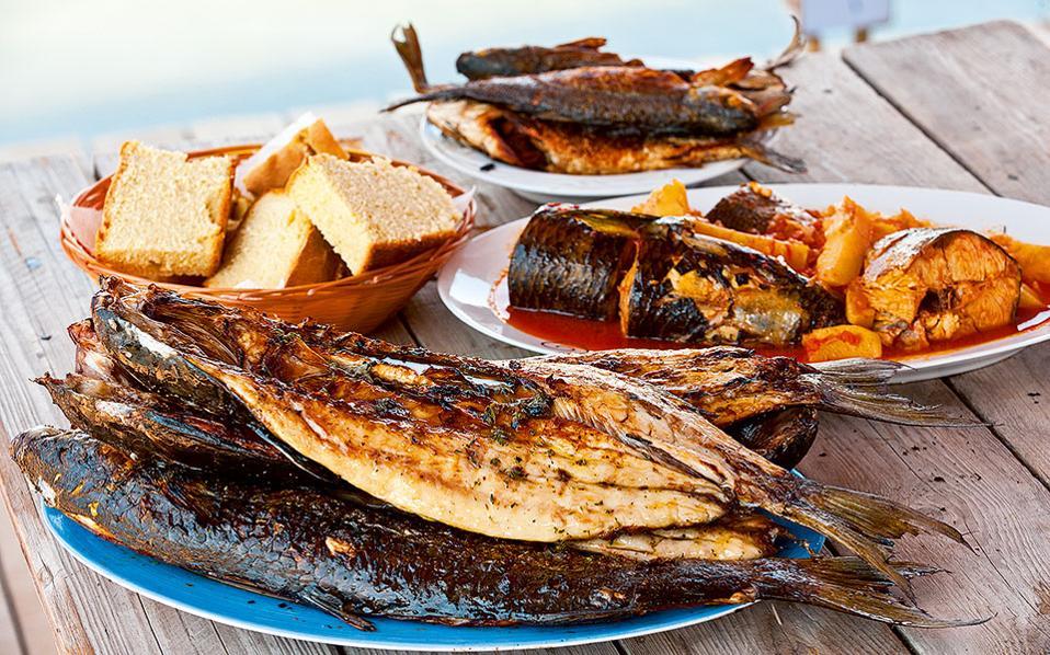 Τα ψάρια δεν λείπουν σχεδόν ποτέ από το τραπέζι των Μεσολογγιτών. (Φωτογραφία: Κλαίρη Μουσταφέλλου)