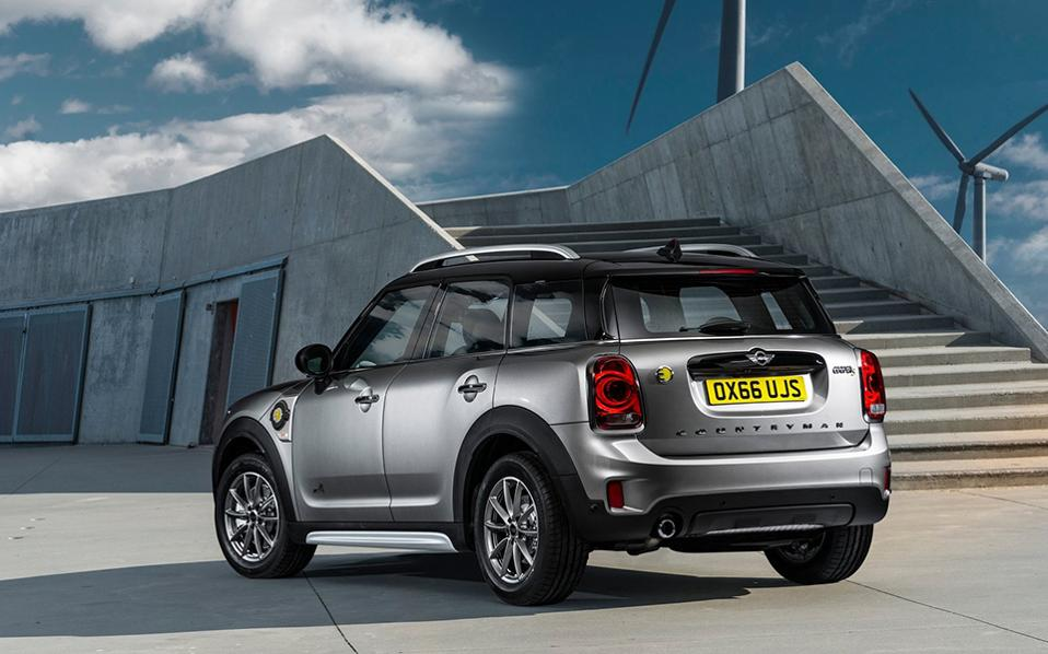 mini-countryman_plug-in_hybrid-2017-1600-0d-1