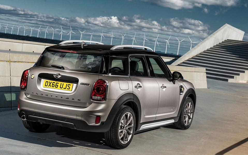 mini-countryman_plug-in_hybrid-2017-1600-0e