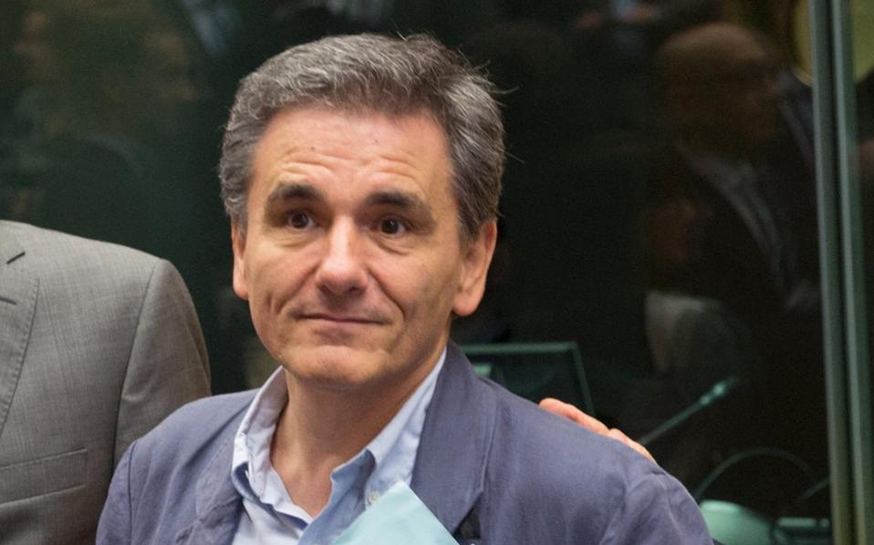 Τη Δευτέρα ο υπουργός Οικονομικών Ευκλ. Τσακαλώτος θα πρέπει να καταθέσει στη Βουλή το τελικό κείμενο του προϋπολογισμού του 2017.