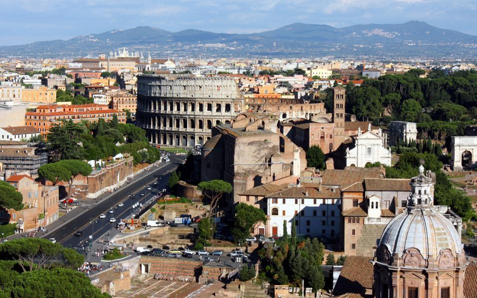Τα ακίνητα βρίσκονται σε διάφορες πόλεις της χώρας και είναι εκμισθωμένα στο ιταλικό Δημόσιο, αλλά και σε διεθνούς φήμης εταιρείες.
