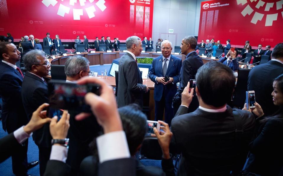 Με τους πρωθυπουργούς της Σιγκαπούρης και της Μαλαισίας.