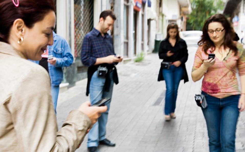 Ο τζίρος των τηλεπικοινωνιακών εταιρειών πέρυσι διαμορφώθηκε στα 5,01 δισ. ευρώ.
