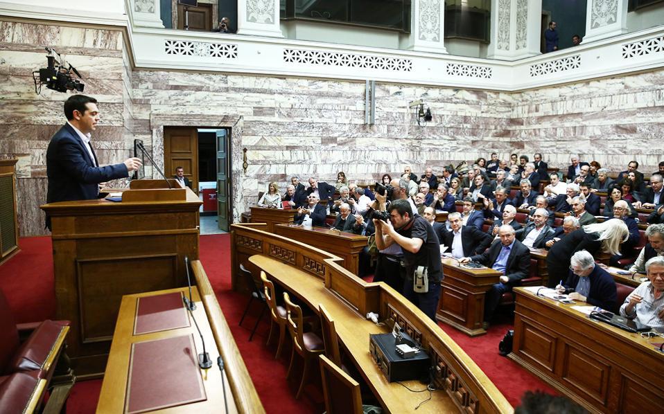 Ο κ. Αλέξης Τσίπρας κατά τη συνεδρίαση της Κ.Ο. αναμένεται να παρουσιάσει στους βουλευτές το αφήγημα των τελευταίων δύσκολων μέτρων πριν από την είσοδο της χώρας σε πορεία οριστικής εξόδου από την κρίση.