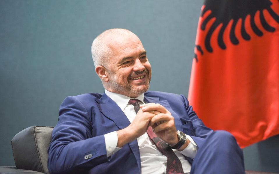 Ο Εντι Ράμα αρνείται ότι η Αλβανία ακολουθεί αλυτρωτική πολιτική.