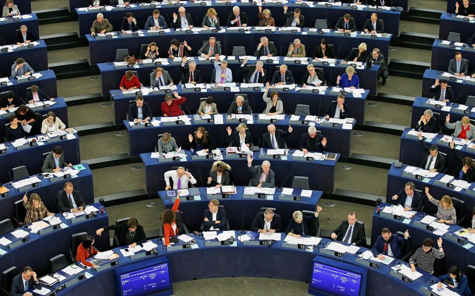 Το αποτέλεσμα της χθεσινής ψηφοφορίας στο Ευρωκοινοβούλιο είναι ενδεικτικό της διαρκώς αυξανόμενης αγωνίας που διακατέχει την Ε.Ε. για την κατεύθυνση που έχει πάρει η Τουρκία υπό τον Ταγίπ Ερντογάν.