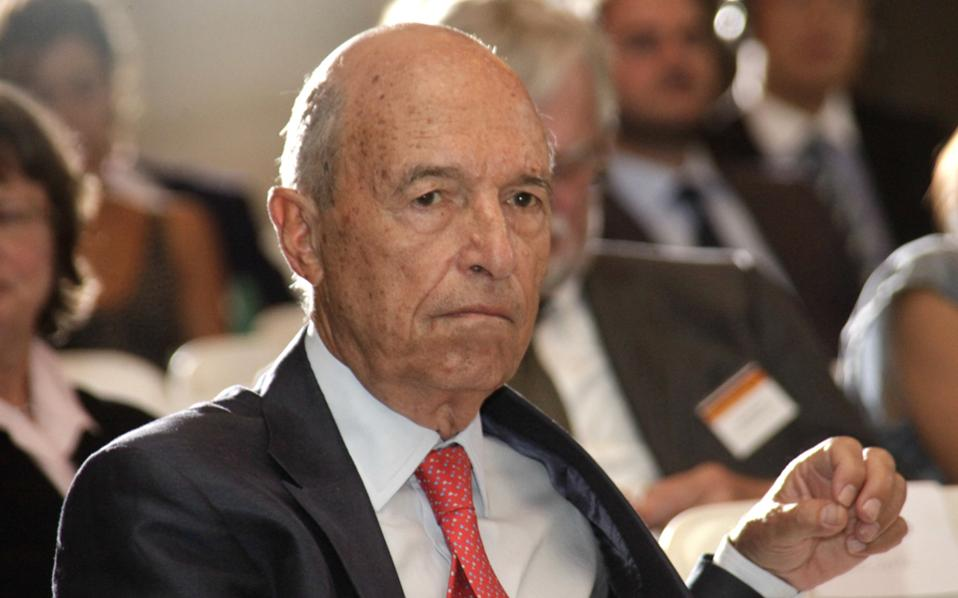 Ο πρώην πρωθυπουργός Κώστας Σημίτης.