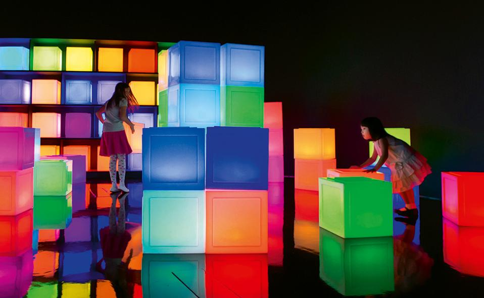 future-world---media-block-chair-credit-to-teamlab