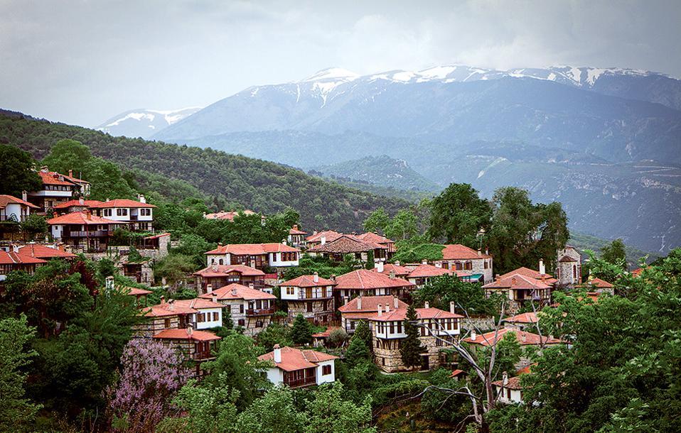 Μακεδονίτικη αρχιτεκτονική στον Παλιό Παντελεήμονα. (Φωτογραφία: ΓΙΑΝΝΗΣ ΛΑΡΙΟΣ)