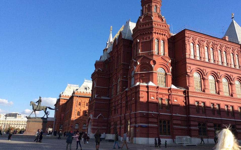 Η Μόσχα είναι αυθεντική Ρωσία. Η Αγ. Πετρούπολη είναι Ευρώπη, λένε...