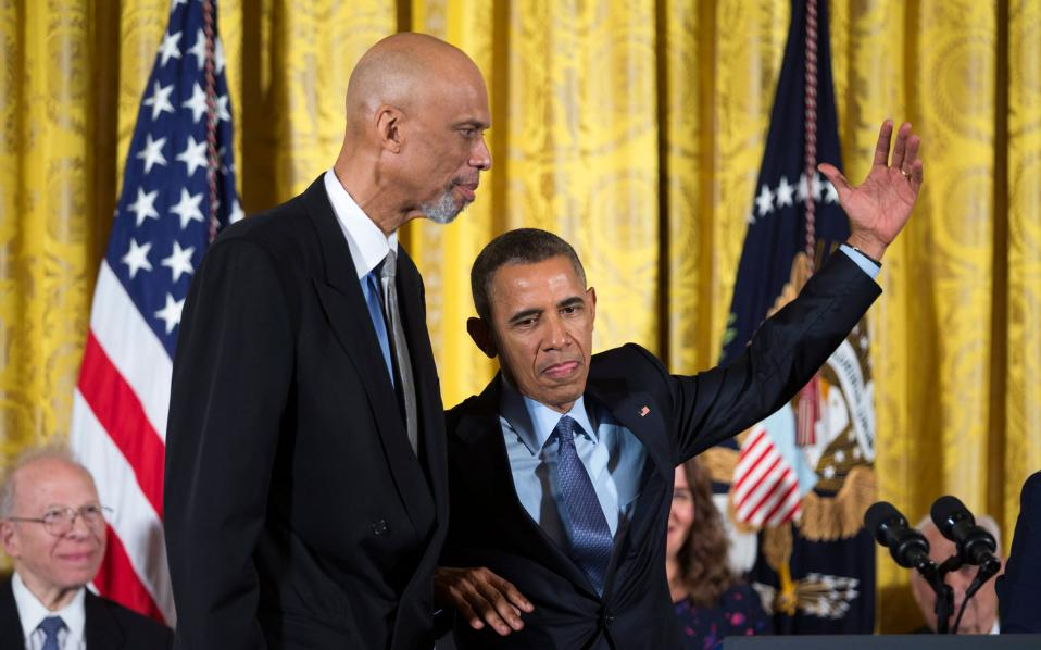 Ο Ομπάμα ρε ρόλο... Καρίμ Αμπντούλ Τζαμπάρ.