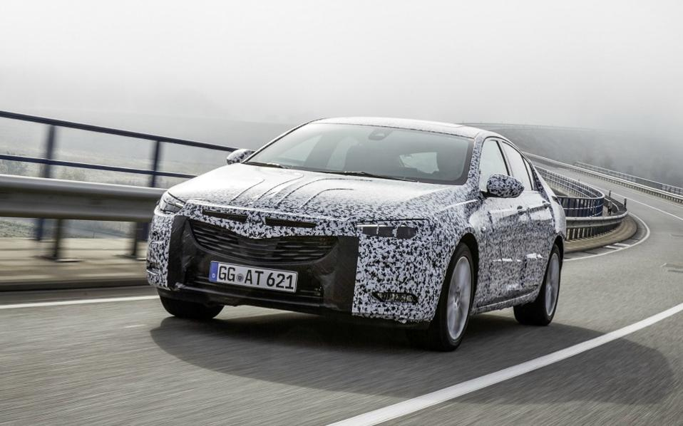 opel-insignia-grand-sport-carmouflage-303887