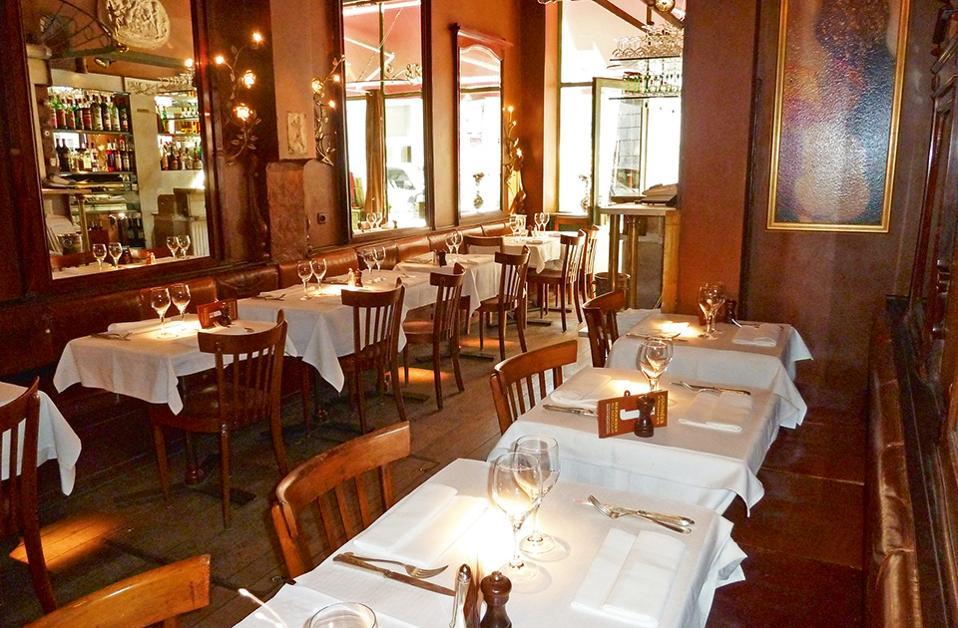 Υπέροχο φαγητό και άγνωστες ιστορίες των Βρυξελλών στο Le petit boxeur.