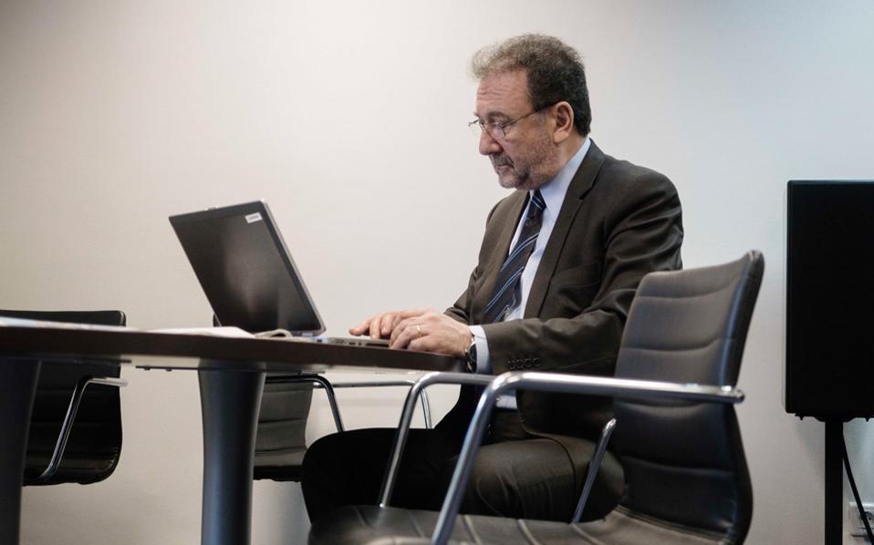 Αρκετοί υποστηρίζουν ότι ο προσωποκεντρικός χαρακτήρας που προσέδωσε στο Ταμείο ο κ. Στέργιος Πιτσιόρλας έχει τώρα μεταφραστεί σε έλλειψη αξιόπιστου συνομιλητή των επενδυτών.