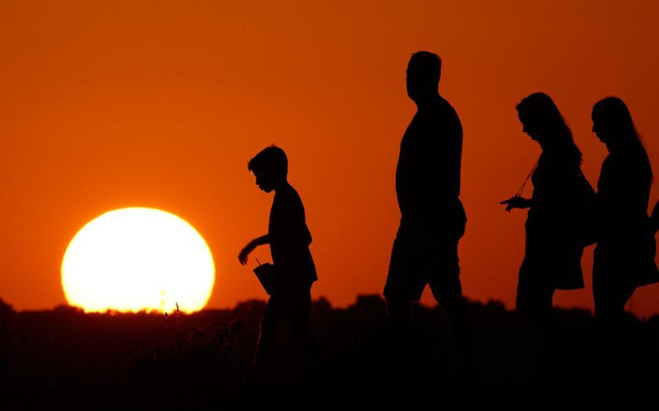 Ο τεχνολογικός πολιτισμός μας είναι νέος: μόλις 300 ή 70 χρόνων. Η κλιματική αλλαγή ήδη τον απειλεί.