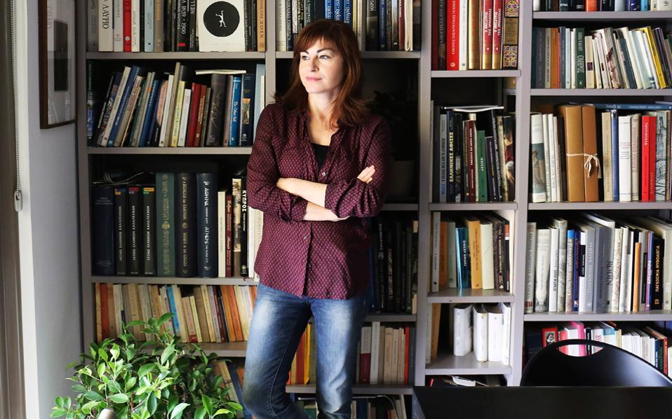 Αλεξία Καλτσίκη: Πρωινό ξύπνημα; Ενδειξη ευεξίας. Τις μέρες που θυμάμαι τα όνειρά μου (ακόμα κι όταν δεν είναι ευχάριστα) νιώθω ότι η μέρα μου θα πάει καλά.