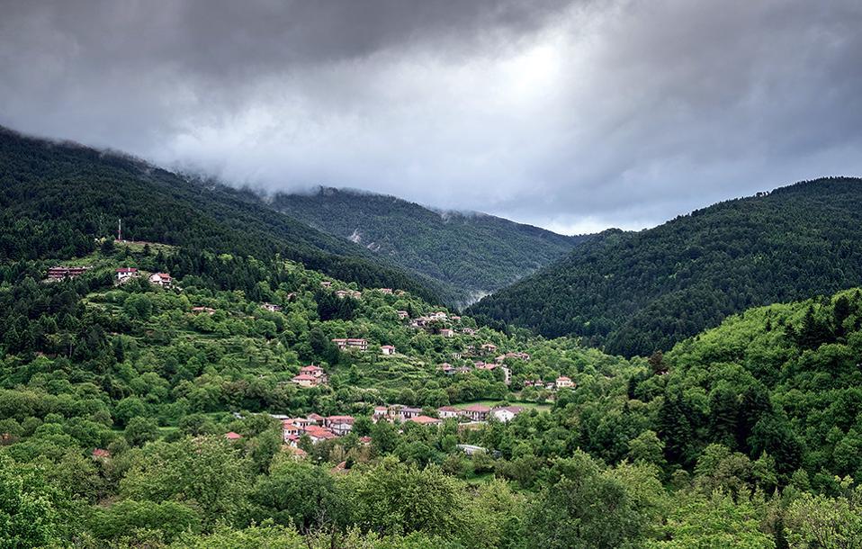 Ανάμεσα στα χωριά του Χελμού, η Ζαρούχλα ξεχωρίζει. (Φωτογραφία: ΓΙΑΝΝΗΣ ΓΙΑΝΝΕΛΟΣ)