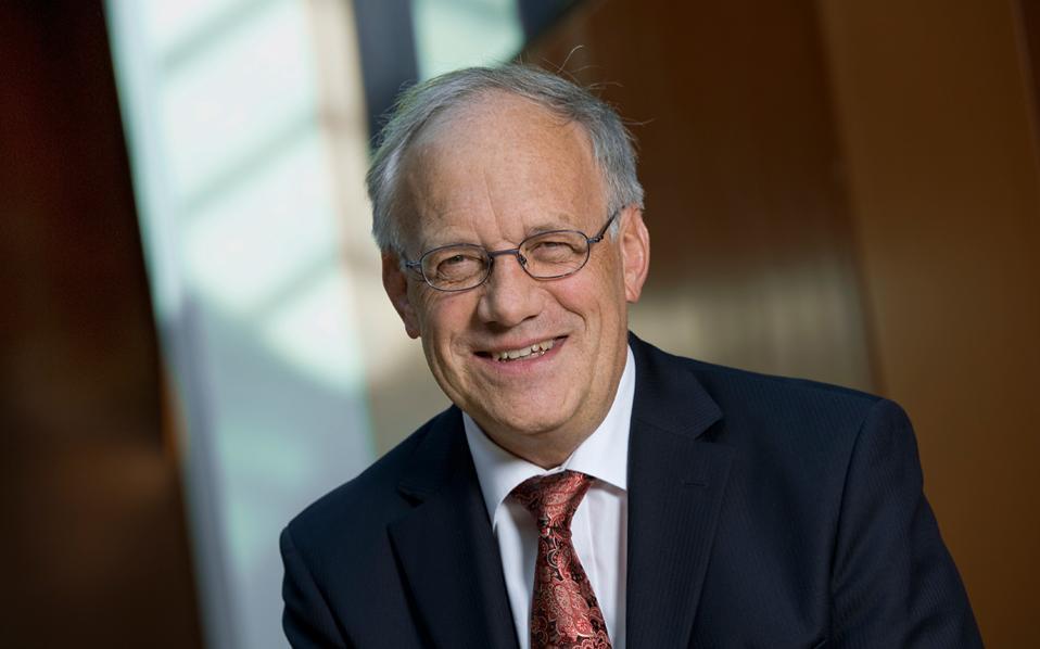 Ο πρόεδρος της Ελβετίας Γιόχαν Σνάιντερ-Αμαν υποστηρίζει ότι τα σχέδια της κυβέρνησής του είναι απολύτως συμβατά με τους κανόνες της Ε.Ε.
